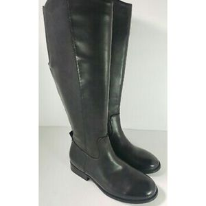 Womens riding boots nwot sizes varies